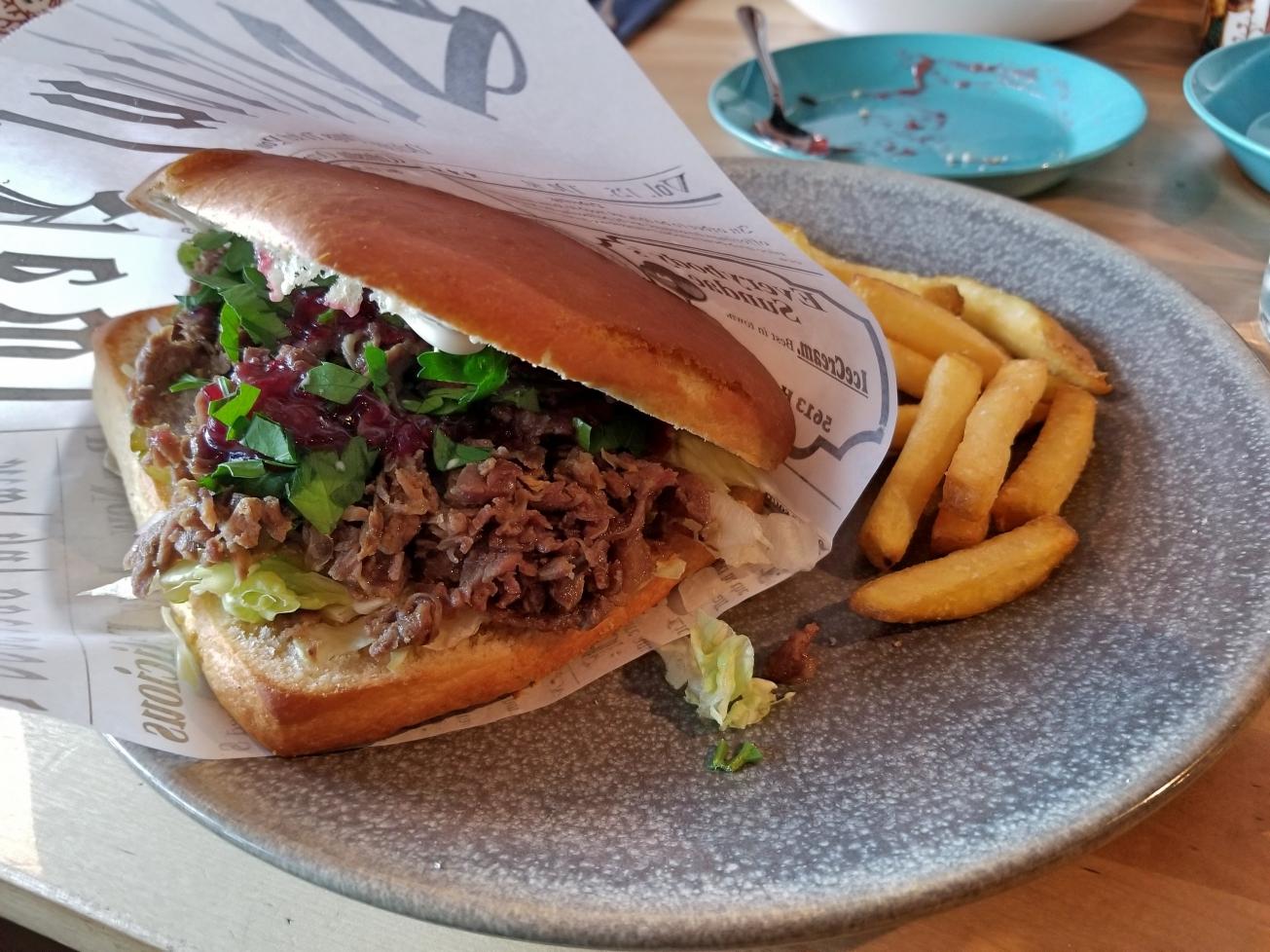 Roka_reindeer_sandwich